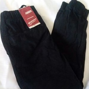 Boys Black Jogger Pants New With Tags